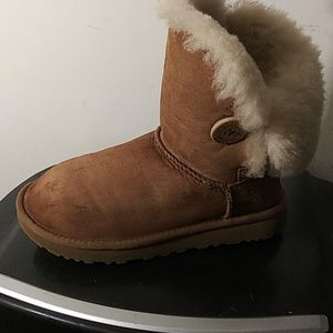 UGG Shoes - Women's UGG Bailey Buttons #1016226 Size 6